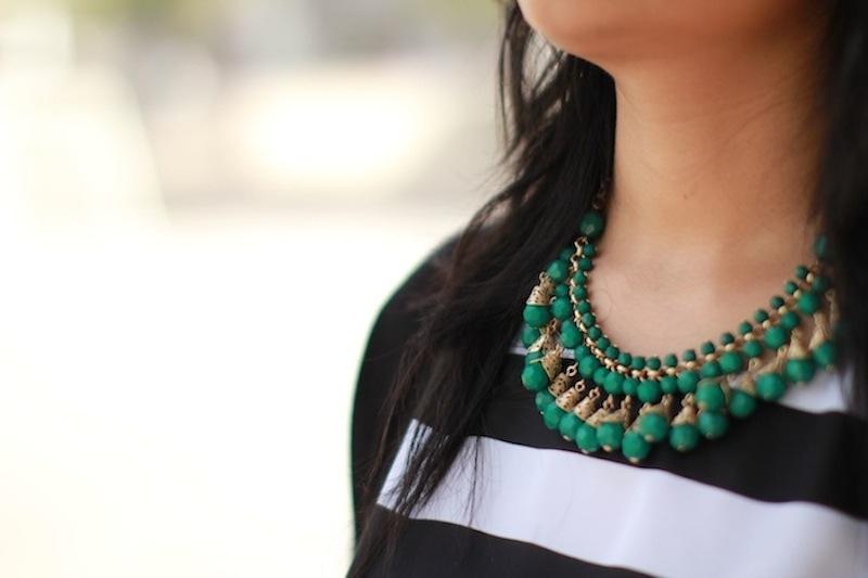 Forever 21 green neckpiece