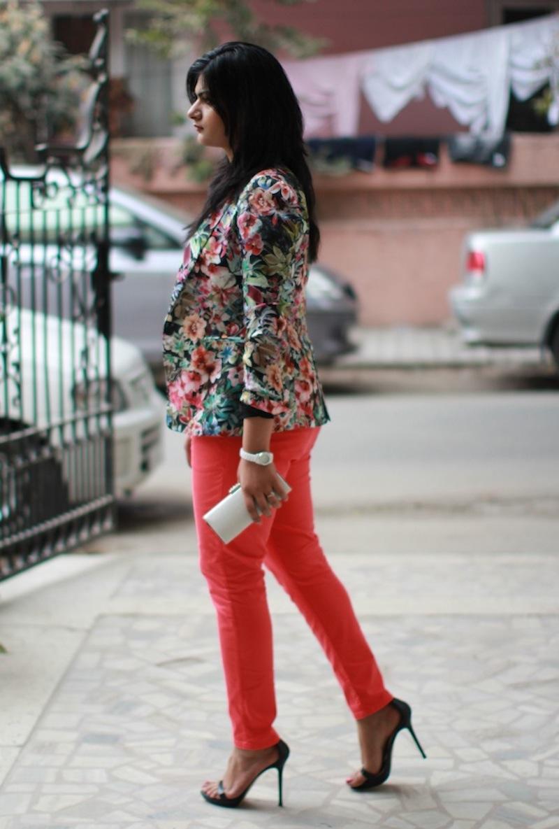 zara coral jeans