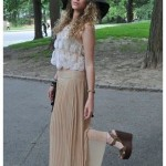beige-pleated-skirt