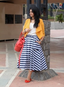 striped skirt outfit