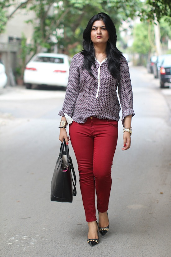 Wonderful What To Wear With Maroon Pants  The Best Way To Wear Maroon Pants