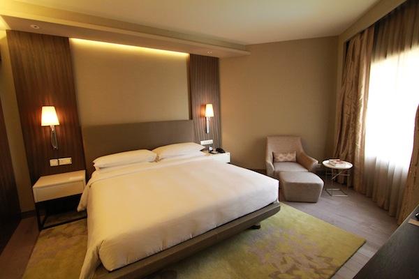 hyatt royal club suite