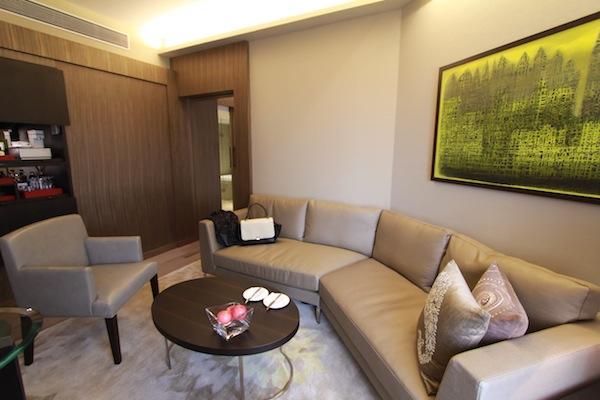 hyatt royal suite