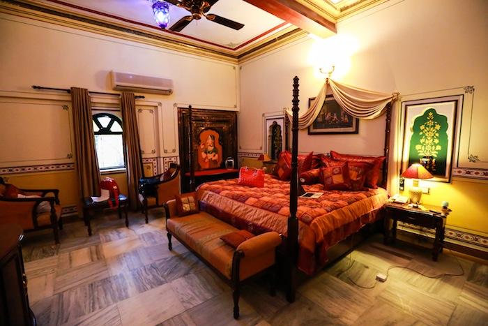 chokhi-dhani-haveli-suite