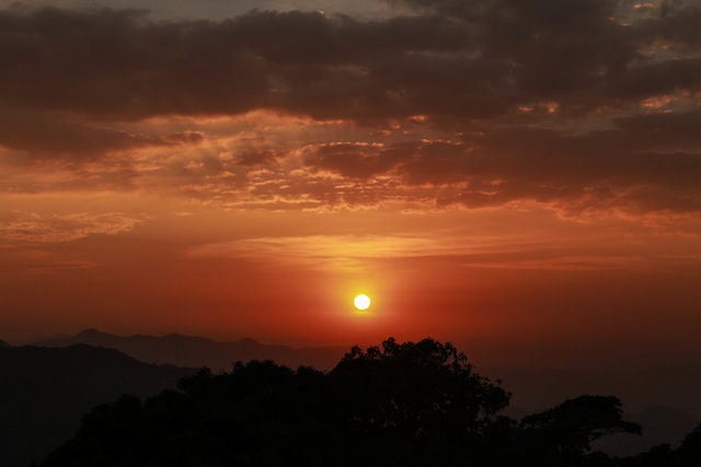 sunset vivanta by taj coorg