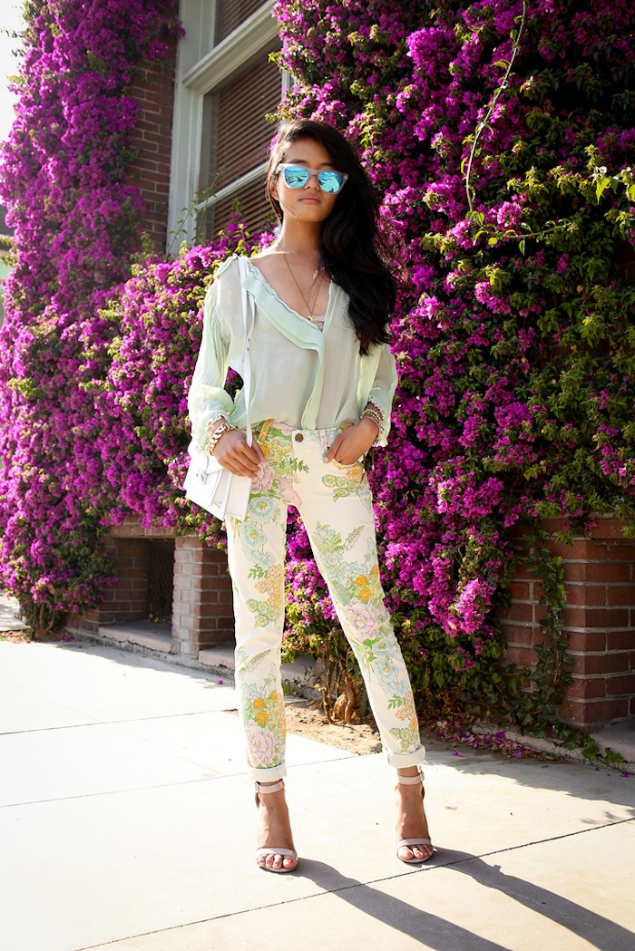 10 ways to wear printed pants
