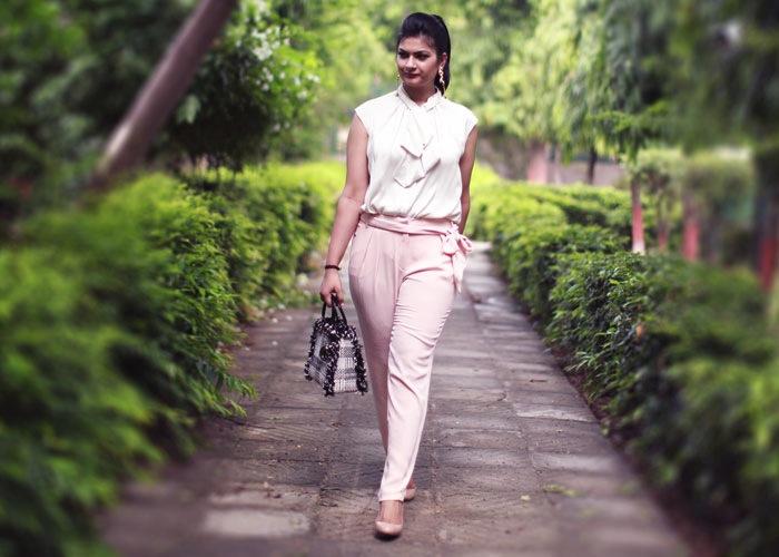 peach white outfit