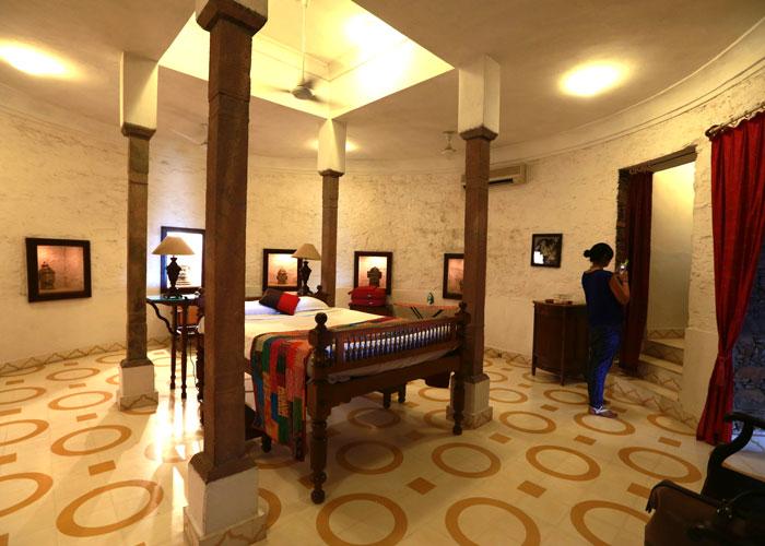 Deva mahal neemrana fort
