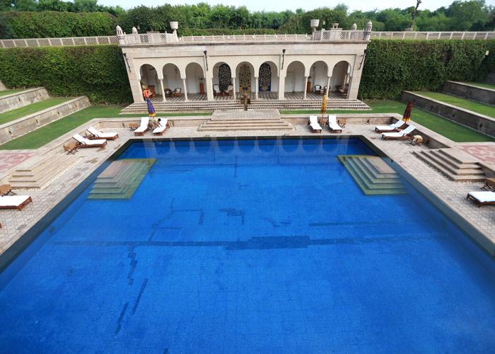 amarvilas pool