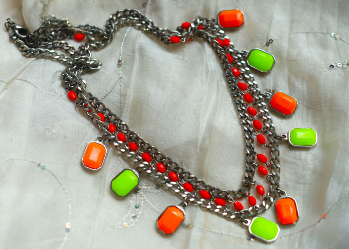 neon-orange-statement-necklace