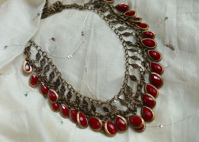 red-statement-necklace