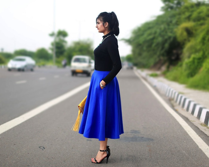 blue-midi-skirt-outfit