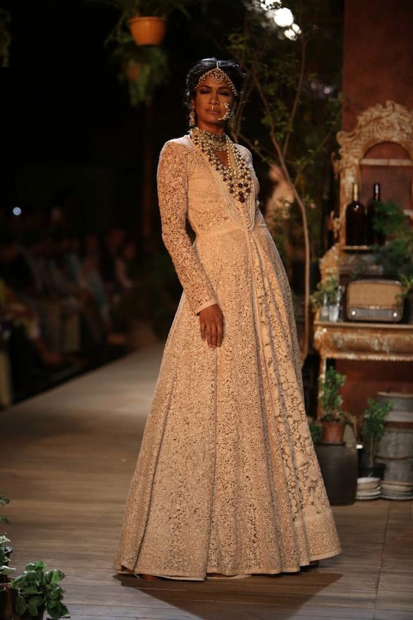 20 Favourite Looks from Delhi Couture Week 2013Faux Pas Sabyasachi Bridal Collection 2013