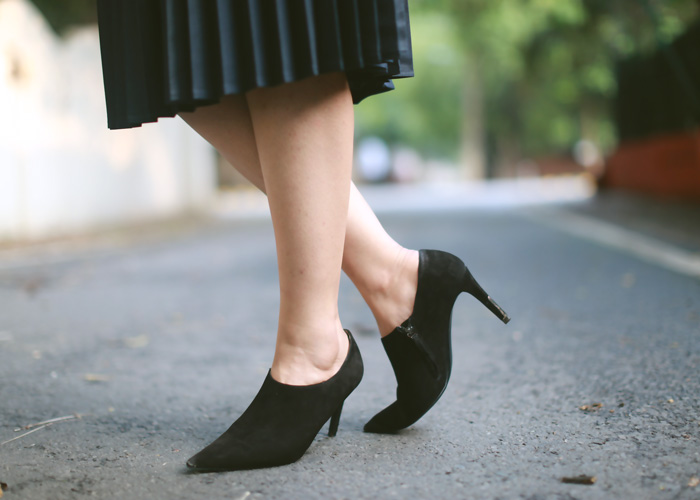 zara-suede-bootoes