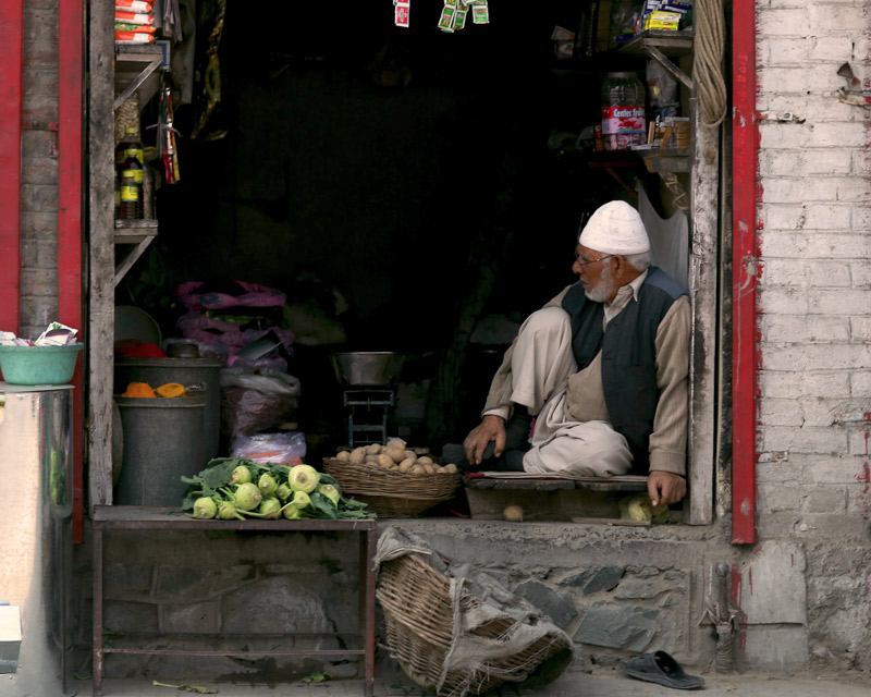 kashmir-shopping