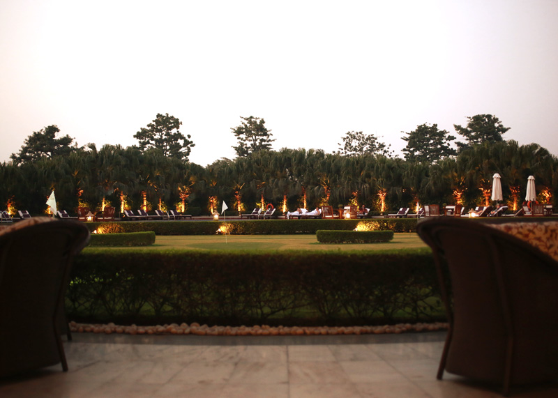 taj palace hotel delhi evening