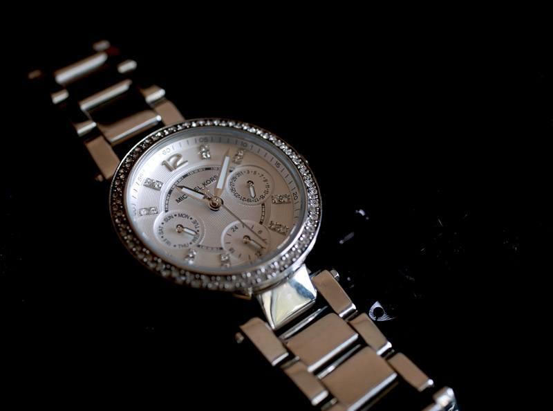 michael-kors-silver-watch