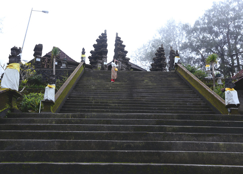 Climbed some 200 odd stairs to reach the kintamani temple