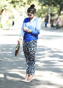 blue printed pants fashion