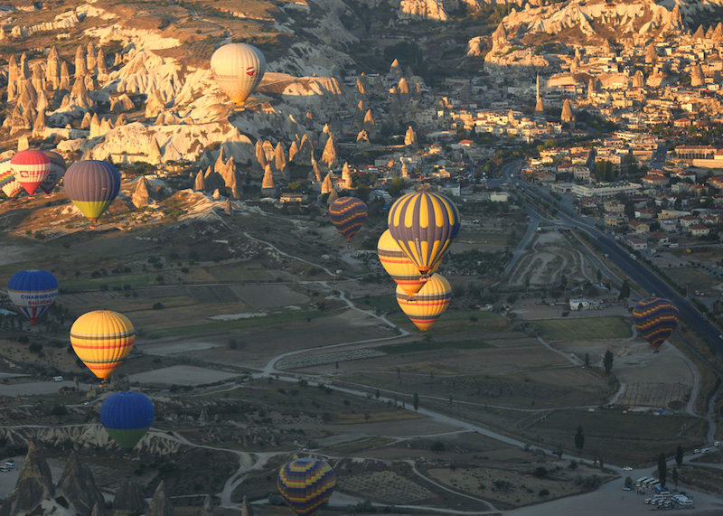 valley of balloons