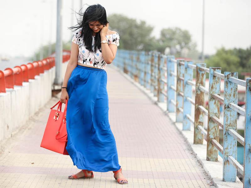cobalt-blue-maxi-skirt-outfit-1