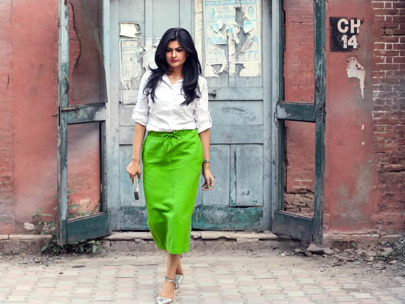 neon green skirt styling
