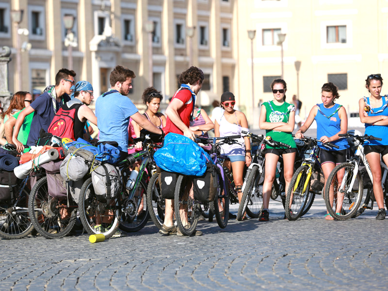 Cyclists outside St Bascilica