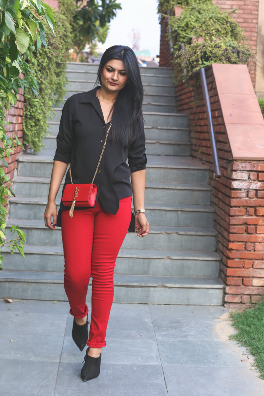 red denims street style