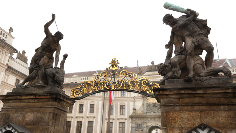 prague-castle-gate