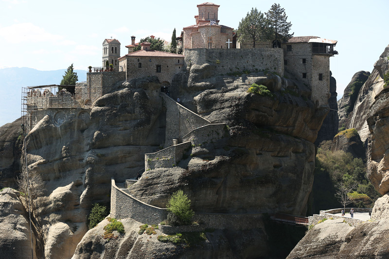 The six monasteries are built on natural sandstone rock pillars, at the northwestern edge of the Plain of Thessaly near the Pineios river and Pindus Mountains, in central Greece. The nearest town is Kalambaka.