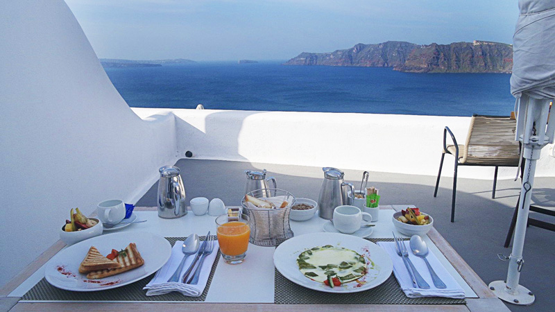 This breakfast with a view... need to come back for this!