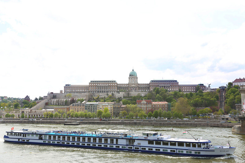 Buda castle as seen from far!