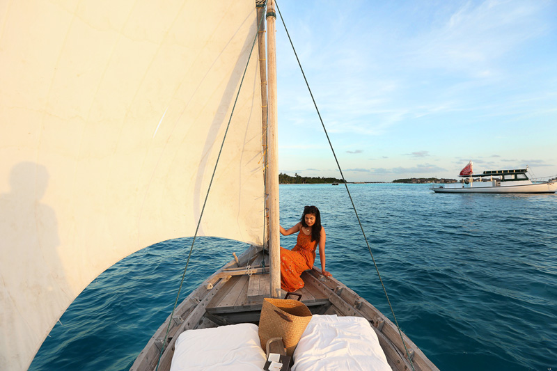 gili-lankanfushi-sunset-sailing