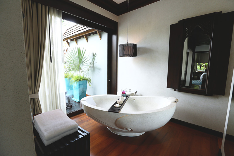 this dreamtub! y bath