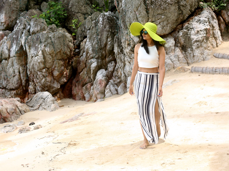 koh-samui-beach-hat-outfit