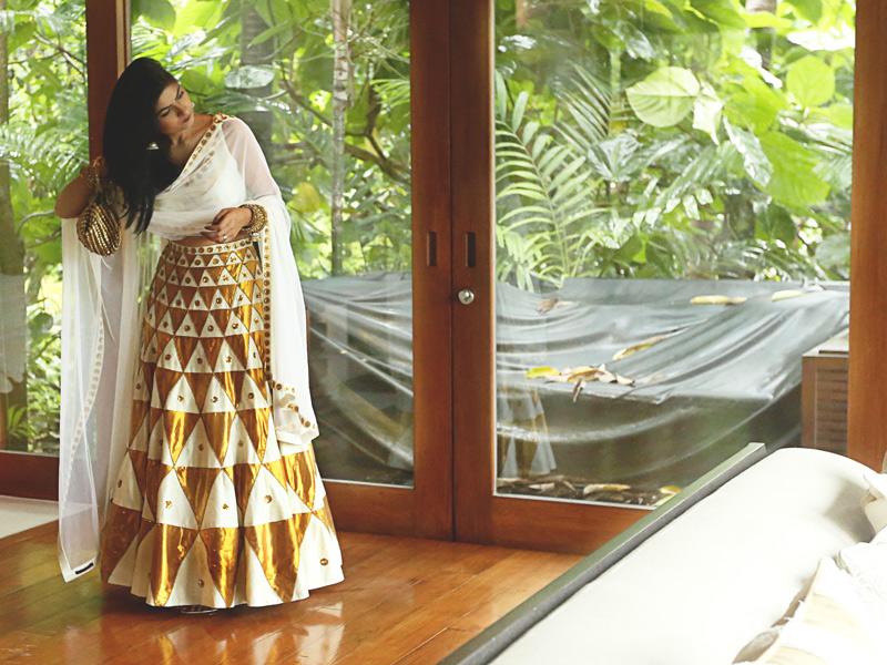 priyal prakash bridal lehenga