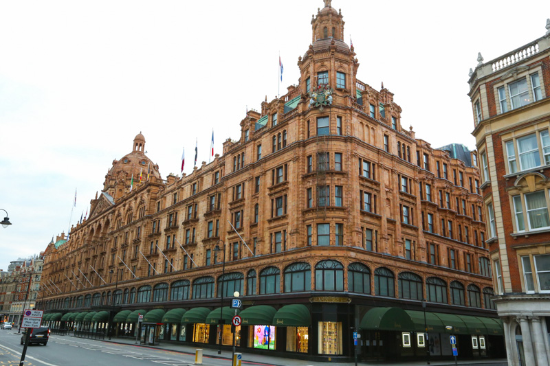 the holy harrods. hihi